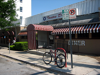 Tastee Diner, Bethesda MD, MAY 2007