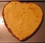 Heart-shaped cheesecake - 07 MAY 06